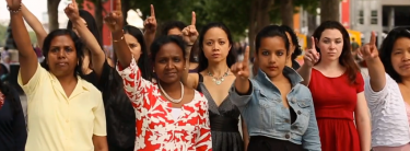 "Screenshot aus dem Kurzfilm ""One Billion Rising"" von Eve Ensler"