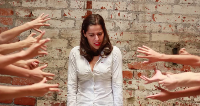 """Screenshot vom Musikvideo """"Sexista Punk"""" der Gruppe """"Töchter der Gewalt"""""""